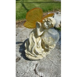 Serenity Fairy wtih Crackle Glass Globe Solar Figurine Light: 1 unit/Package